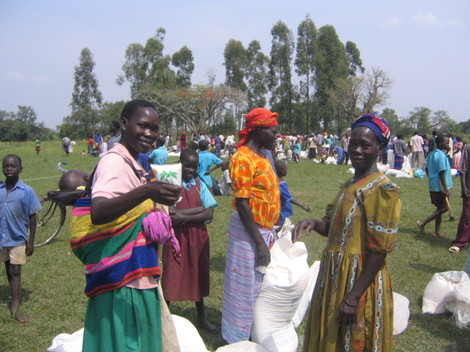 Distribution_food_lira_ouganda_2