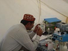 Sindh_analyse_eau_102007